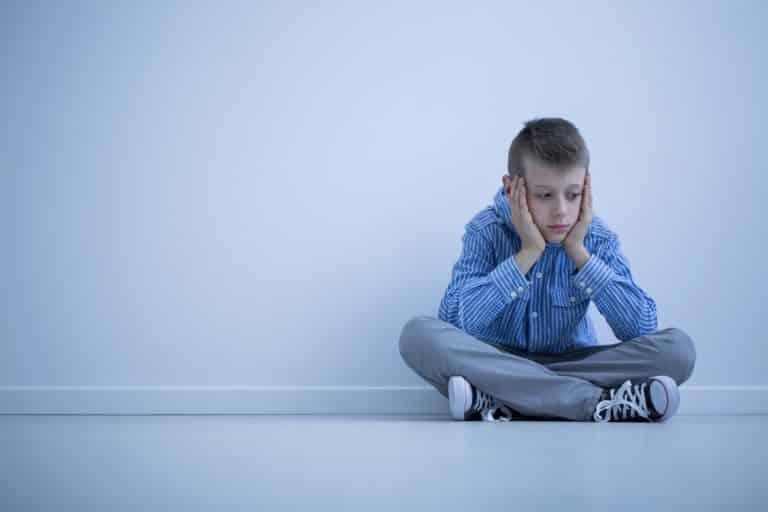 Fobia Social: Como diagnosticar e tratar esse problema
